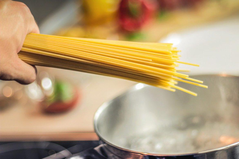 Snelle makkelijke pasta met groente