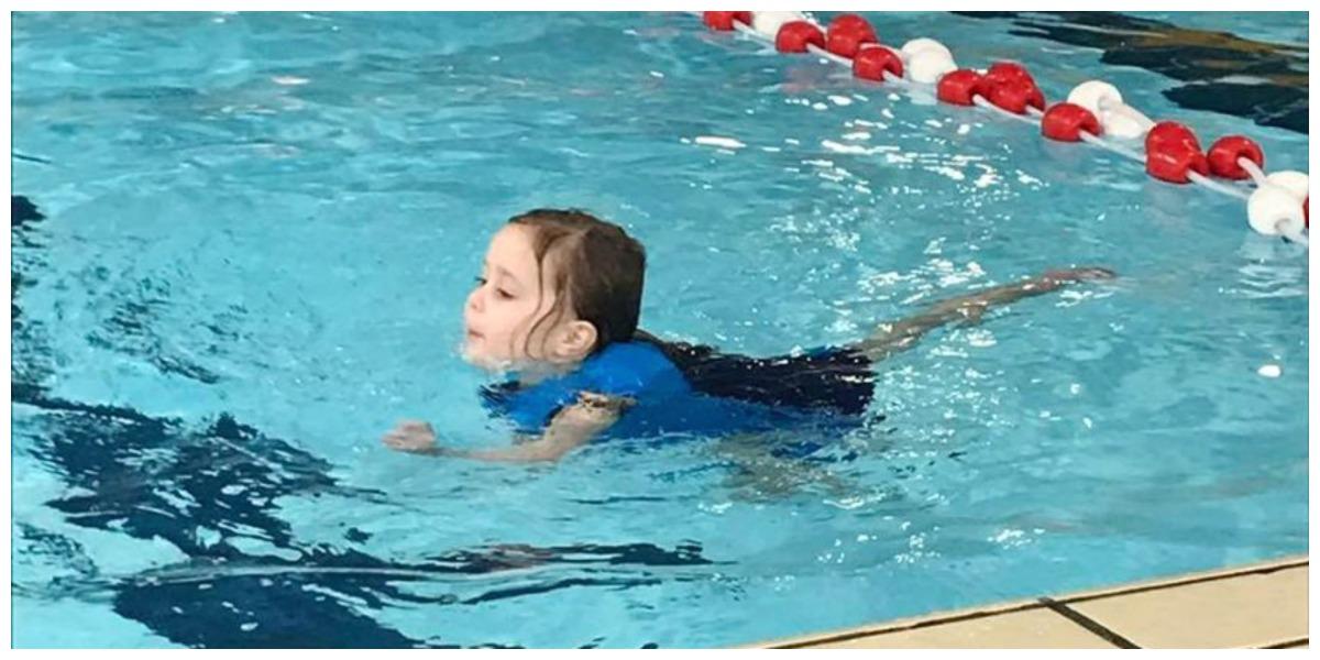 Een ziek jongetje, eerste zwemles en een eigen plekje