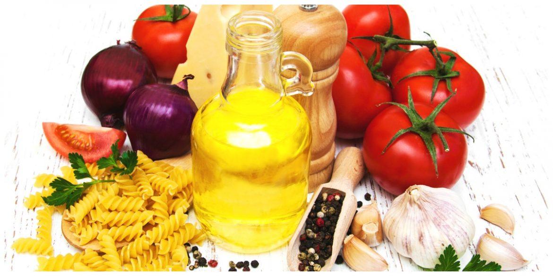Eenvoudige pasta met tomaat en kaas