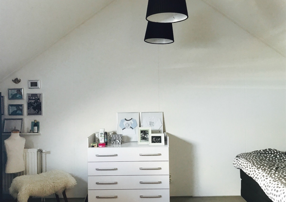 Raambekleding voor een dakraam velux raambekleding velux pick click raamdecoratie - Scheiden een kamer door een gordijn ...