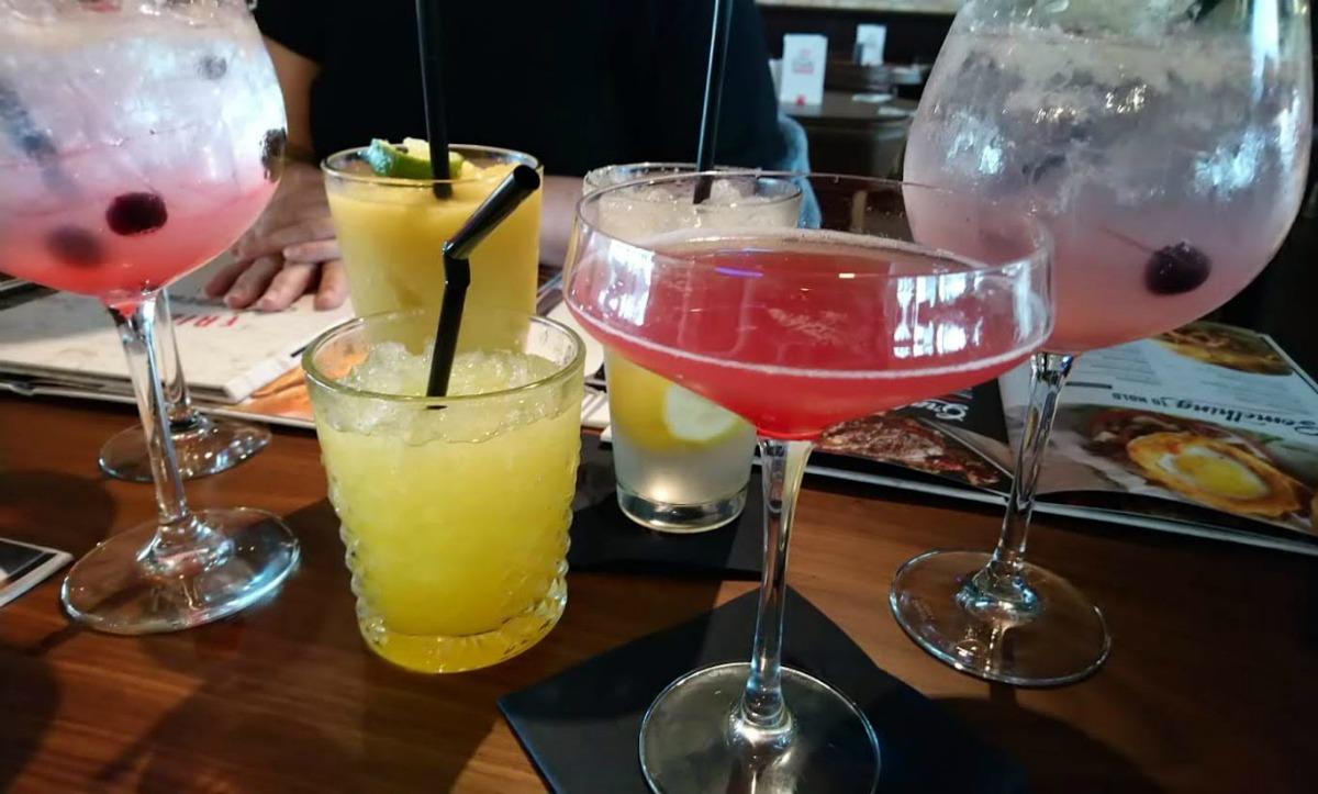 Cocktails at TGI Fridaysin Utrecht
