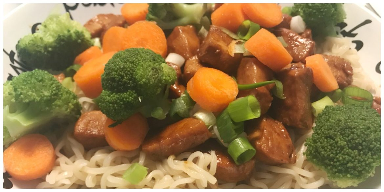 Noodles met kip en brocolli