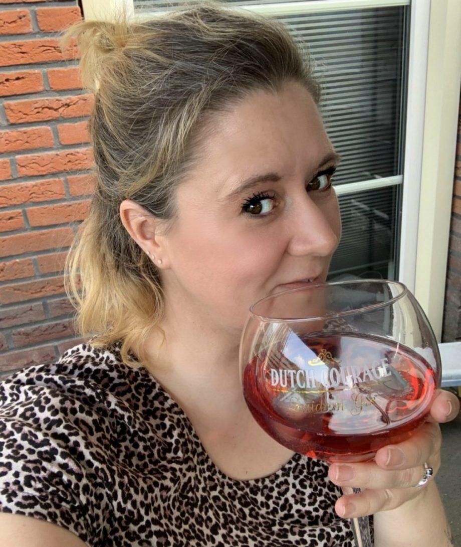 Boerderijfair | De Blauwe Bessen Boerderij, ZUIDAM DUTCH COURAGE CHERRY GIN , gintonic, mix, zondagdrankje