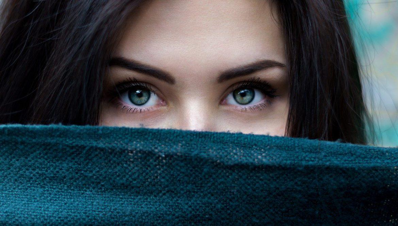 plastische chirurgie, Waarom een ooglidcorrectie?