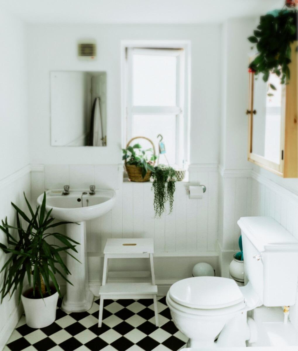 schimmel in de badkamer, schimmel verwijderen, voorkomen van schimmel, Tips om schimmel in de badkamer te voorkomen