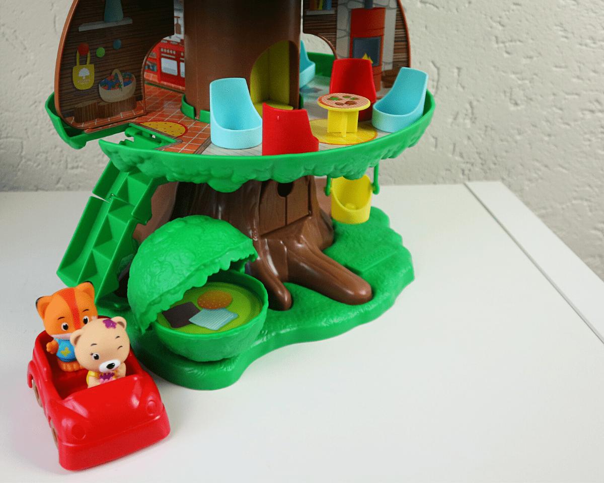Hoeveel poppetjes krijg je bij de magische speelboom