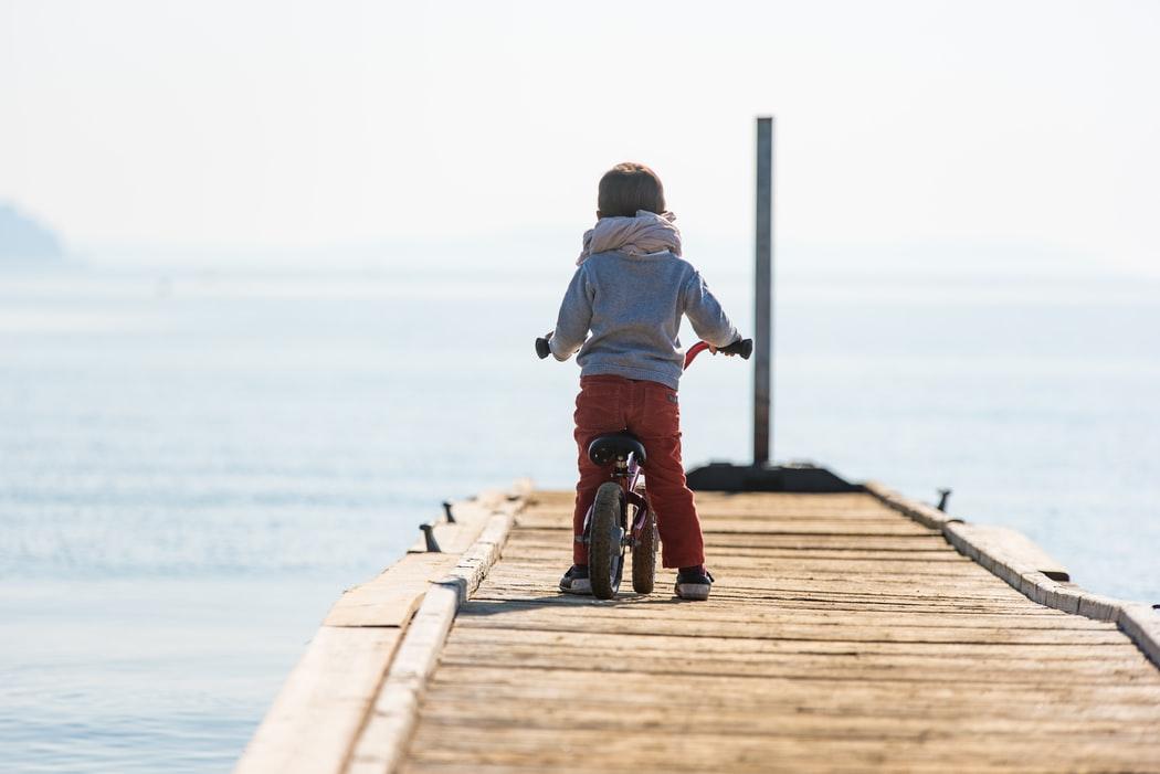 Ontdek de wereld met kinderen op de fiets