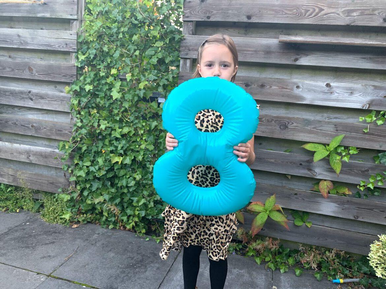 Dripcake HEMA Elynn acht jaar