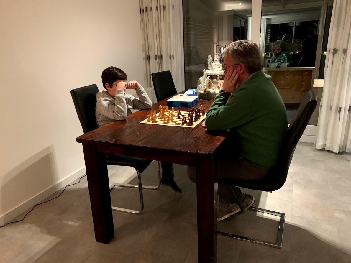 thomas schaken met opa