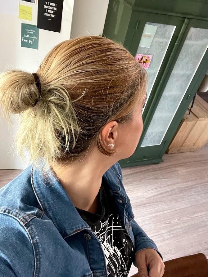 knotje lang haar